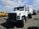 International S1900 S/A Water Truck,