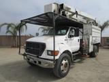2000 Ford F750XL S/A Chipper Bucket Truck,