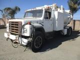 International S1900 S/A Vacuum Truck,