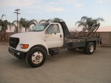 2000 Ford F650 S/A Winch Truck,