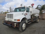 2002 International 4800 S/A Water Truck