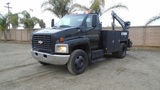 2003 Chevrolet C6500 S/A Service Utility Truck,