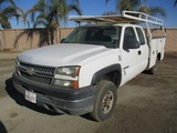 2005 Chevrolet 2500HD Extended-Cab Utility Truck,