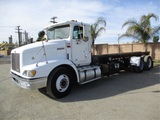 International 9200 T/A Roll-Off Truck,