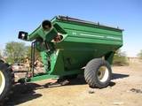 J&M 875-18 S/A Grain Cart,