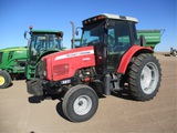 Massey Ferguson 5435 Ag Tractor,