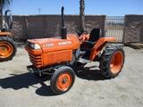 Kubota L2550 Utility Ag Tractor,