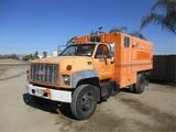 GMC C6500 S/A Chipper Truck,