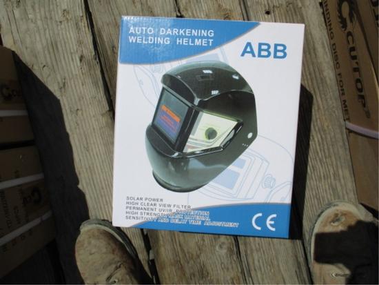 Unused Auto Darkening Welding Helmet