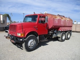 International 4900 T/A Water Truck,