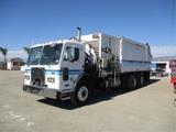 2001 Peterbilt 320 COE T/A Garbage Truck,