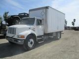 International 4700 S/A Box Truck,