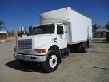 International 4200 S/A Box Truck,