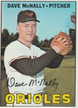 DAVE MCNALLY 1967 TOPPS CARD #382