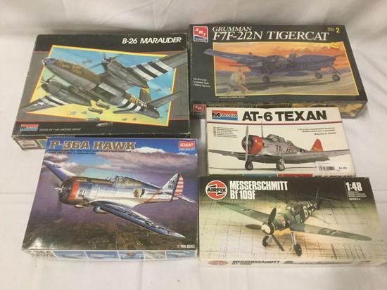 5 military aircraft plastic model kits 1/48 scale - AMT Ertl