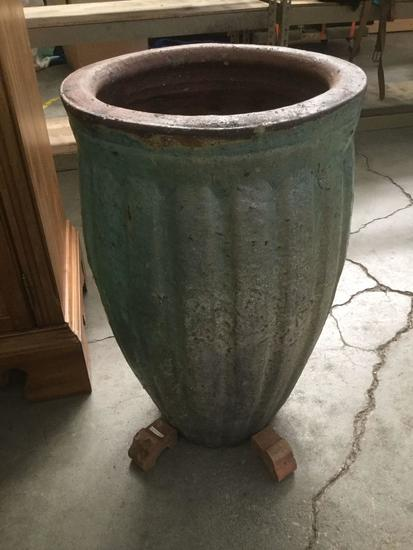Large Ceramic Garden Pot With 3 Stands
