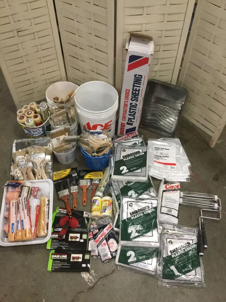Lot: Huge lot of unused house painting supplies