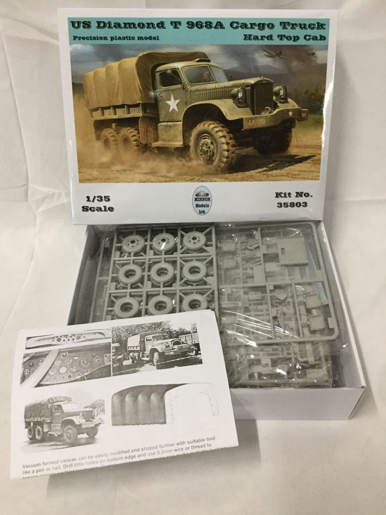 Lot: 3 Mirror model kits 1/35 scale - US Diamond Wrecker, US Diamond
