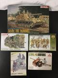 5x plastic model kits, 1/35 scale; Zvezda Cobetckne Tank Crew , Zvezda Red Army Infantry (1940-42) ,