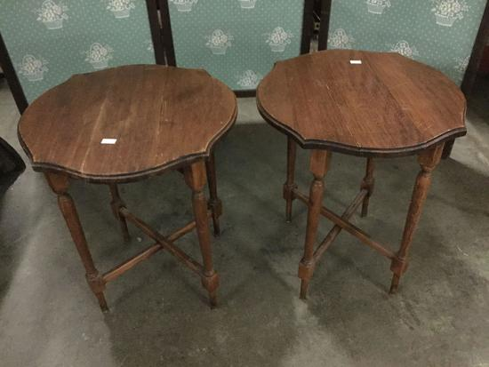 Set of 2 collapsible drop leaf plant stands / end tables
