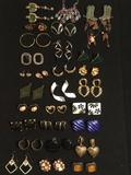 Lot of estate jewelry: large lot of earrings. See pics.