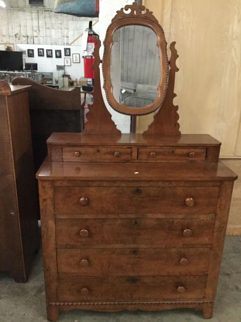 Lot Antique Flame Walnut 6 Drawer Vanity Dresser With Ornate