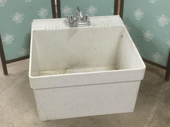 Fiat Serv Sink with faucet - fair cond