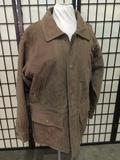 Cabelas leather jacket size M-REG 32 x 22 inches.