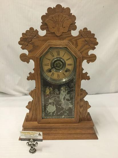 Vintage Ansonia Eight Day Bedford Gingerbread Clock with Painted front - Incl. key & Pendulum