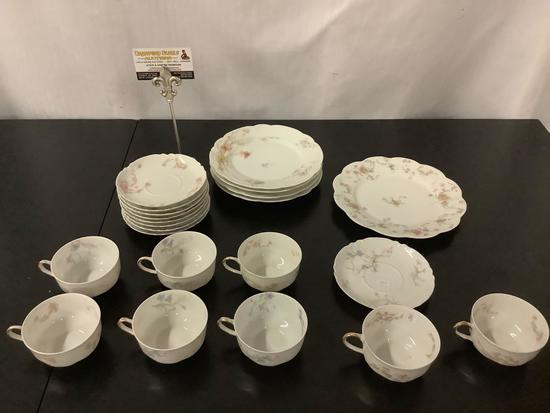 Antique Haviland & Co Limoges, made in France partial tea cup/saucer sets - multiple patterns
