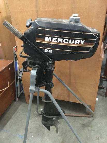 Mercury 2.2hp Outboard Motor. Tested working