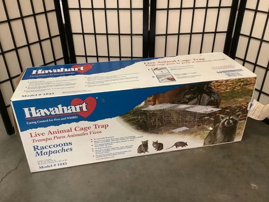 Havahart Live Animal Cage Trap in opened box