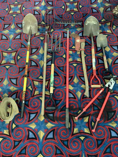 9 yard tools; Structron shovel, Ames spading fork, rake, Ace shovels, and more see pics