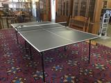 Harvard ping pong table. Comes with stiga 4 paddle set in package