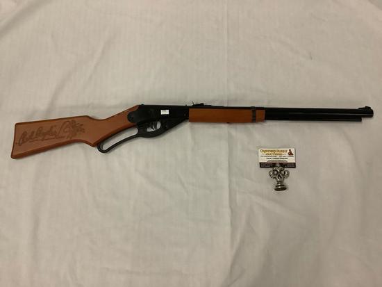 Daisy Red Ryder BB gun 4.5mm cal. steel air rifle model number 1938B