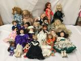 23x porcelain, vinyl, and composite dolls. Seymour Mann and more. Largest doll measures 21x10x5