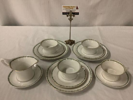 13 pc collection of vintage Hutschenreuther - Selb Bavaria - Cacilie pattern gold rimmed tea set