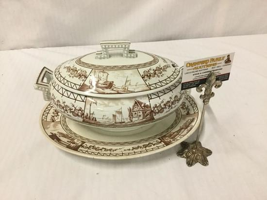Large KW Esther Moore & Co Porcelain soup tureen/serving dish with plate - no spoon as is
