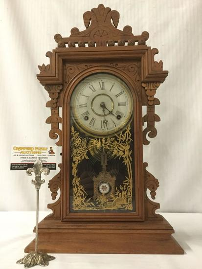 Antique Eastlake period time strike kitchen mantle clock w/ ornate molding & printed glass design