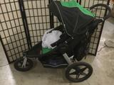 Graco Performance Jogger stroller and accessories incl. a weather shield, diaper bag, extra handle +