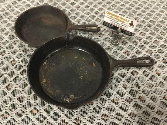 Antique Vollrath size 3 and Wagner Ware size 5 cast iron pan.
