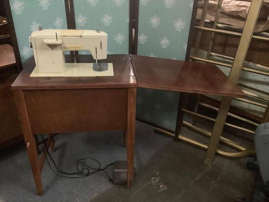 Vintage Sears Kenmore Solid State sewing machine table. Untested. approx 31x24x18 inches....