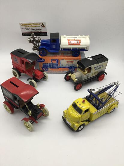 Lot of diecast ERTL Ford / Texaco coin banks car replicas