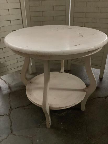 Vintage wood small round table painted white approx 24 x 24 inches