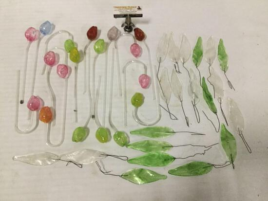 38 pieces of art glass multi-color rose flowers & green/clear leaves. Largest approx 13x2x1 inches