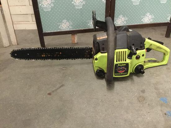 Poulan Wood Shark 1950 compact gas powered chainsaw. Good condition, used. Approx 30x10x10 in.