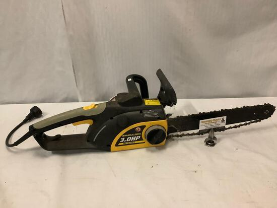 McCulloch 16 inch MS1630NT electric chainsaw. Tested/working. Approx 32x10x8 inches.