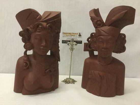 Pair of 1976 vintage Indonesian wooden busts of women from Bali, approx. 13x7x4 inches.