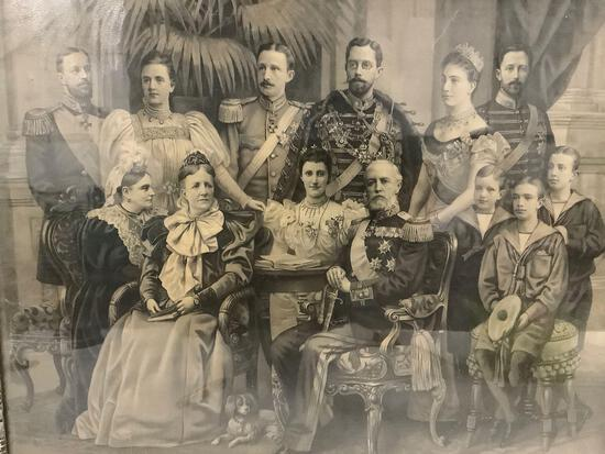 Photo print of 19ty century Swedish and Norwegian royal family. King Oscar II + Bernadottes.