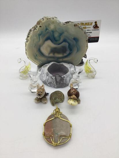 Agate Alaska themed candlholder + 8 small collectibles: Wade porcelain Crocodile & stone pendant.